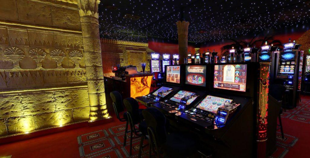 Automatensaal des Casino of Ra